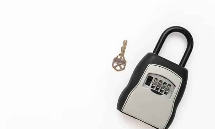 combination-lock-box