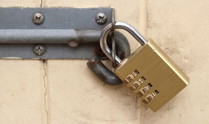 how to open a 4 number combination lock