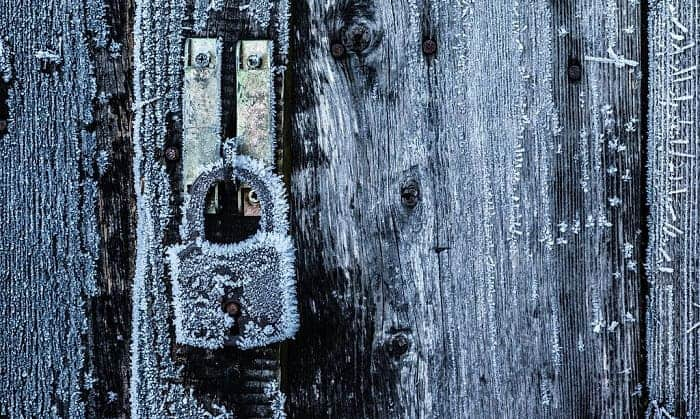 how to keep house door locks from freezing