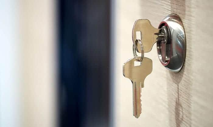 bump-proof-door-locks