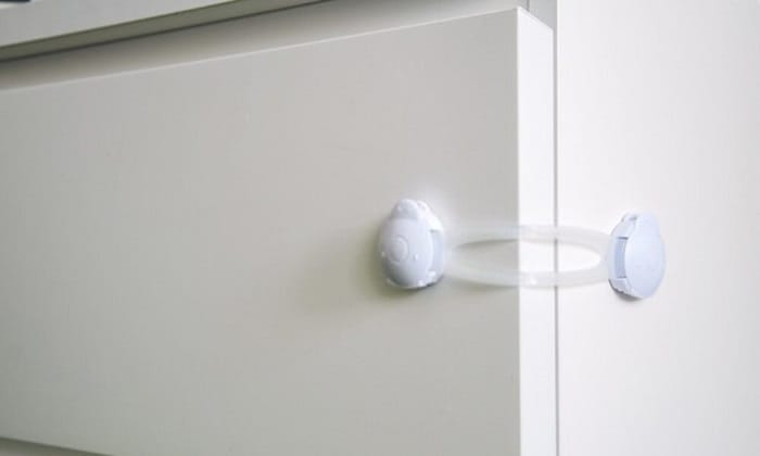 refrigerator-locks-for-adults